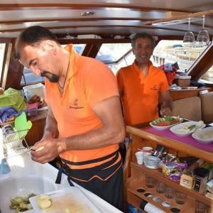 zonnigzeilen-blue-cruise-zeilvakantie-zeilen-turkije-griekenland-gulet-11